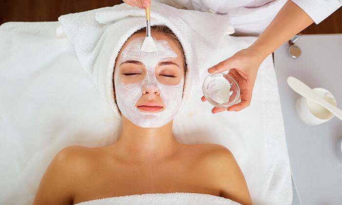 6 Pure White Cosmetic בדיזנגוף סנטר - מבחר טיפולי פנים