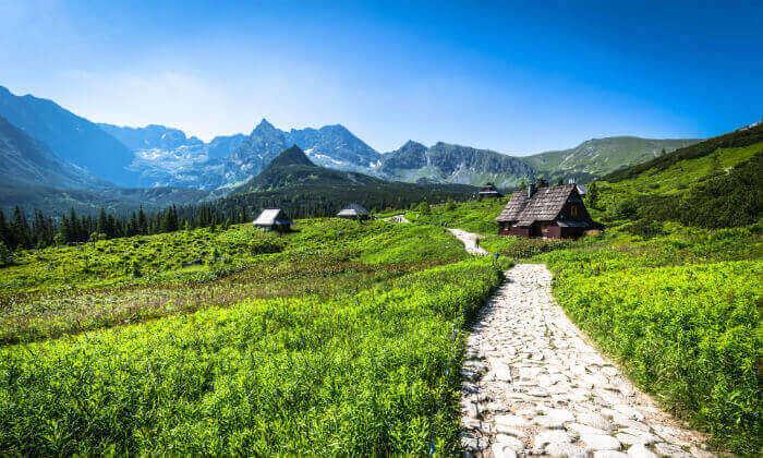7 חבילת טוס וסע - להרי הטטרה בקיץ ובחגים
