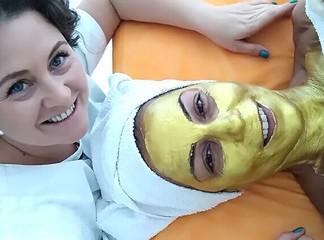 טיפול פנים ב-O2 קוסמטיק