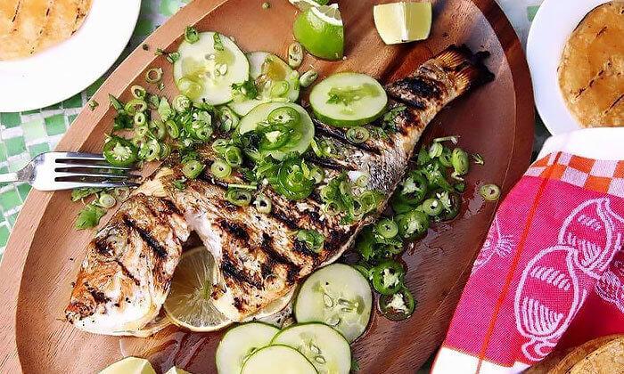 3 מסעדת הקצבים בשוק מחנה יהודה - ארוחת דגים כשרה ליחיד או לזוג