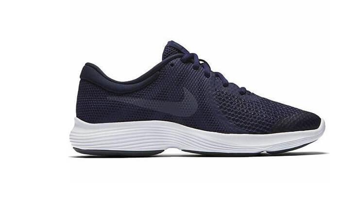 3 נעלי ריצה לנשים ולנוער NIKE