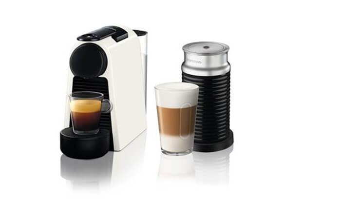 2 סט מכונת קפה נספרסו מדגם Essenza Mini D30 ומקציף Aeroccino 3