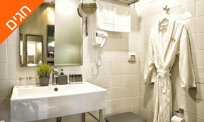 """8 מונטיפיורי 16 - מלון בוטיק אורבני, כולל חגים וסופ""""ש"""