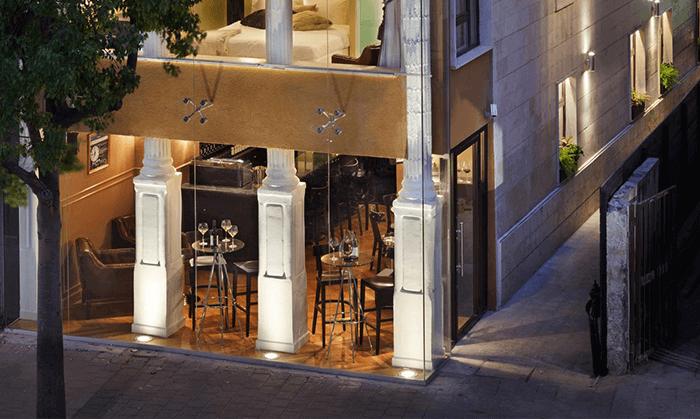 """4 מלון בוטיק מונטיפיורי 16 - חופשה אורבנית בת""""א"""