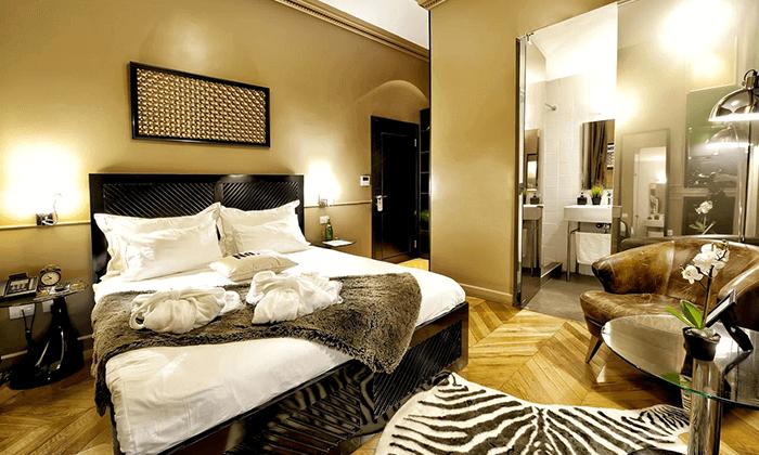 """2 מלון בוטיק מונטיפיורי 16 - חופשה אורבנית בת""""א"""
