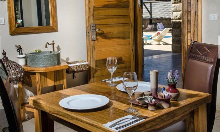 4 ארוחת בוקר זוגית כשרה במלון גרנד ויסטה, כפר יובל