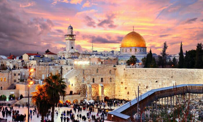 9 זמן סליחות: סיור בירושלים ולילה במלון אייל