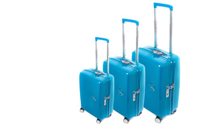 3 מזוודה קשיחה