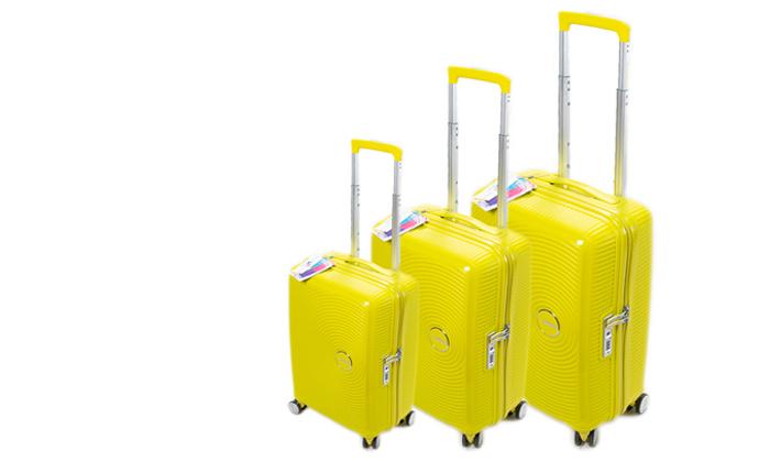 6 מזוודה קשיחה