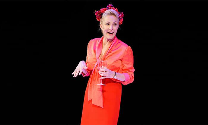 5 ההצגה הריון בתיאטרון הקאמרי - כרטיס למופע במגוון תאריכים