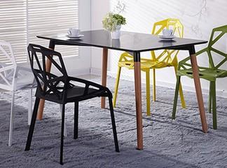 כיסא לפינת אוכל או לחצר