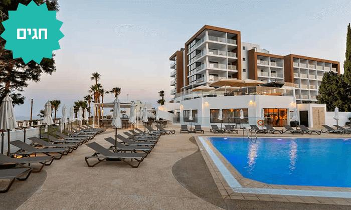 5 למבוגרים בלבד: מלון Leonardo Crystal Cove החדש בקפריסין
