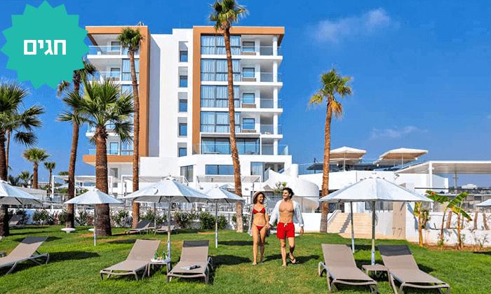 3 למבוגרים בלבד: מלון Leonardo Crystal Cove החדש בקפריסין