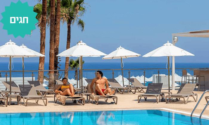 2 למבוגרים בלבד: מלון Leonardo Crystal Cove החדש בקפריסין