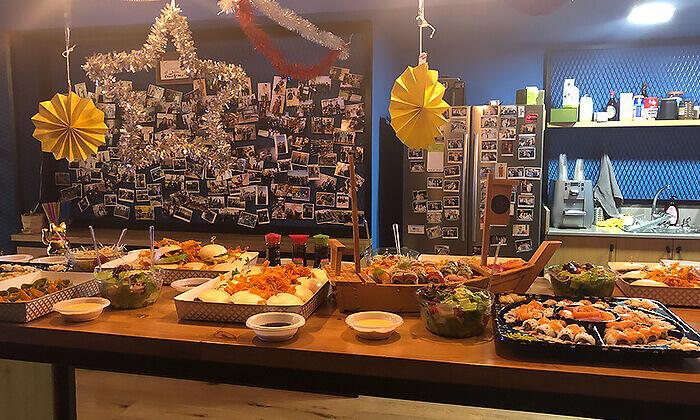 3 ארוחה אסייתית כשרה ל-10 סועדים או יותר ממסעדת נגיסה, תל אביב