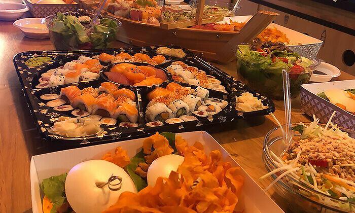 5 ארוחה אסייתית כשרה ל-10 סועדים או יותר ממסעדת נגיסה, תל אביב