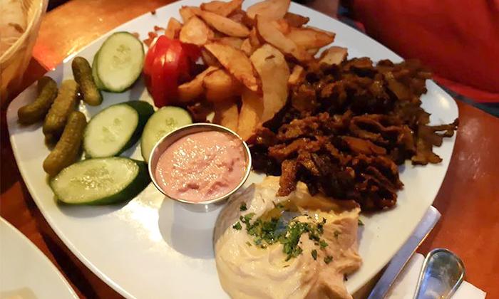 7 ארוחה זוגית טבעונית כולל קינוח בבר-מסעדה ALF, חיפה