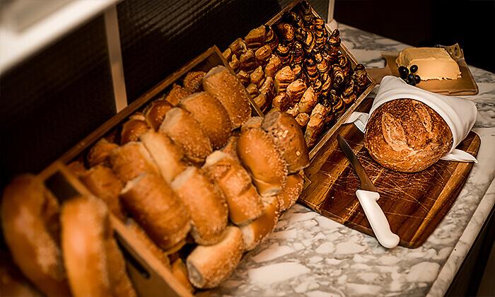 3 ארוחת בוקר-בופה לזוג במלון בוטיק טריפ, ירושלים