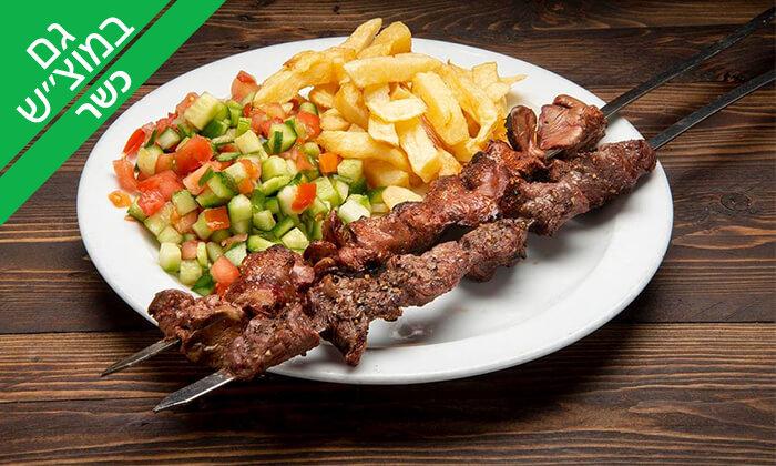 4 ארוחה זוגית כשרה במסעדת 'ושבעת וברכת', תל אביב