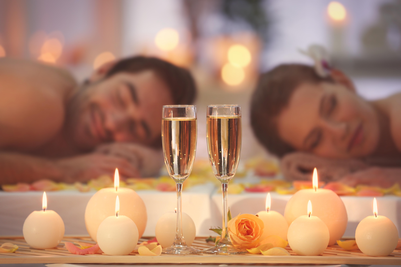 """2 חבילה רומנטית ב""""החווה באמירים"""" כולל עיסוי זוגי"""