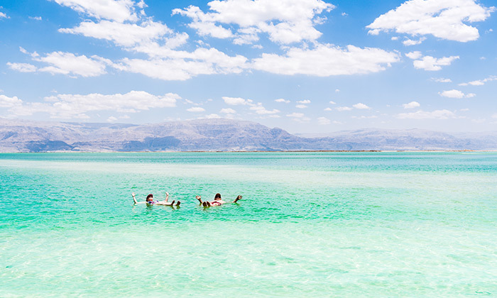 2 כפר נופש על חוף ים המלח