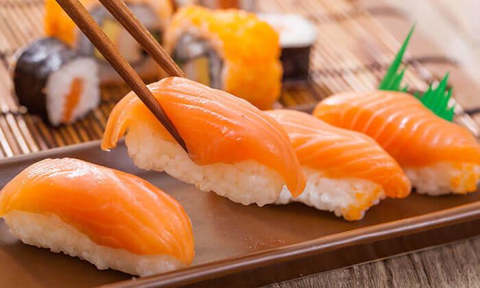3 קאן קאי, סניף גבעת שמואל - ארוחת סושי זוגית כשרה או מגש סושי