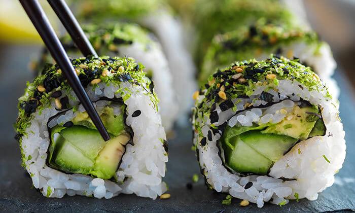4 קאן קאי, סניף גבעת שמואל - ארוחת סושי זוגית כשרה או מגש סושי