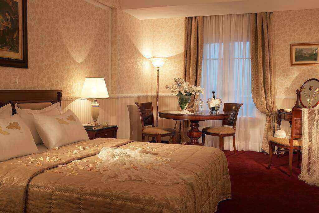 5 חבילת נופש לסלוניקי - מלון Grand Palace