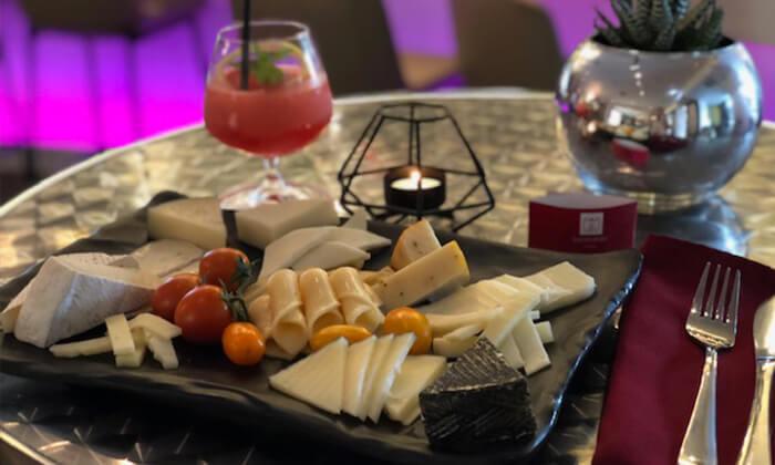 6 ארוחת צהריים במלון לאונרדו סיטי טאוור, רמת גן
