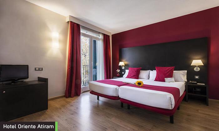 6 חופשה בברצלונה - מלון על שדרת לאס ראמבלס המפורסמת, כולל חנוכה