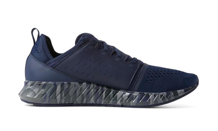 8 נעלי Reebok לגברים