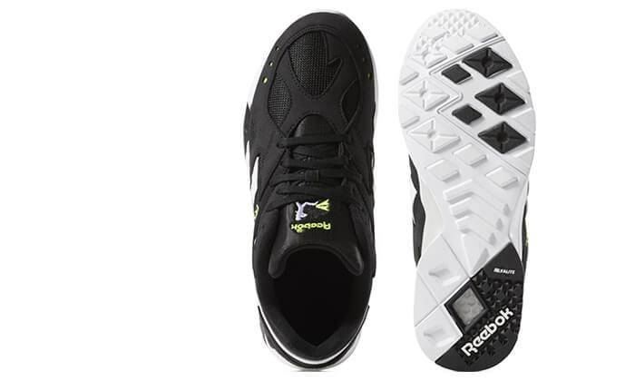 12 נעלי Reebok לגברים