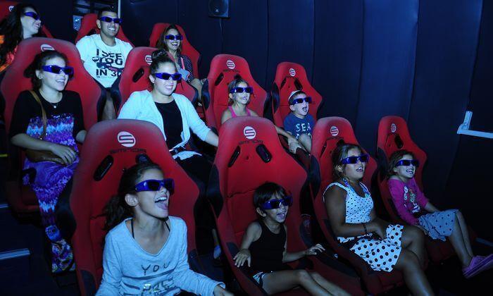 8 שובר לסרט 7 מימדים ואטרקציית בעיטות פנדל באייס מול, אילת