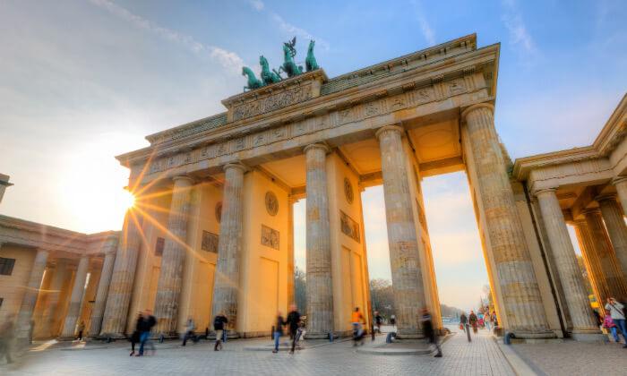4 טיול חורף בברלין לקבוצות קטנות - עד 8 אנשים ברכב