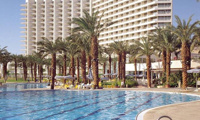 """2 סופ""""ש פסטיבל יווני במלון דיוויד ריזורט ים המלח"""