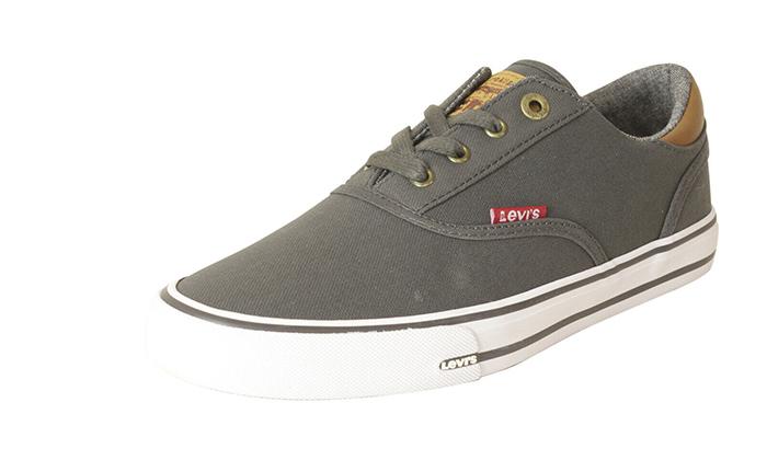 12 נעלי סניקרס לגברים ליוויס LEVI'S