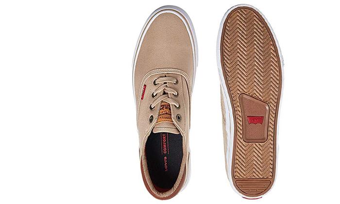 19 נעלי סניקרס לגברים ליוויס LEVI'S