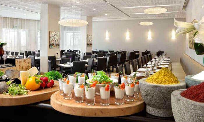 8 יום פינוק עם עיסוי וארוחת בוקר במלון רמדה, נתניה