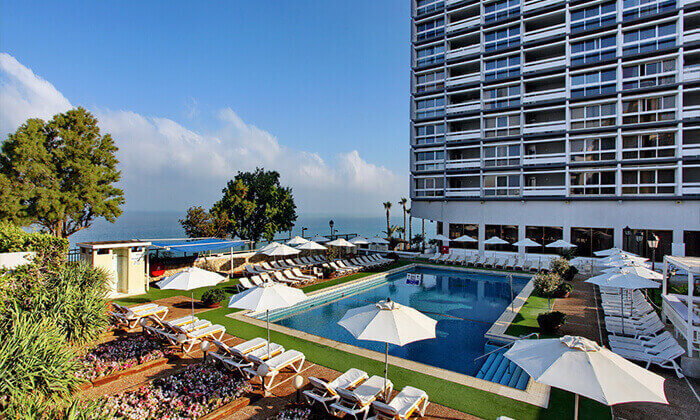 3 חופשה זוגית במלון העונות נתניה, כולל עיסוי/סרט/חמי געש