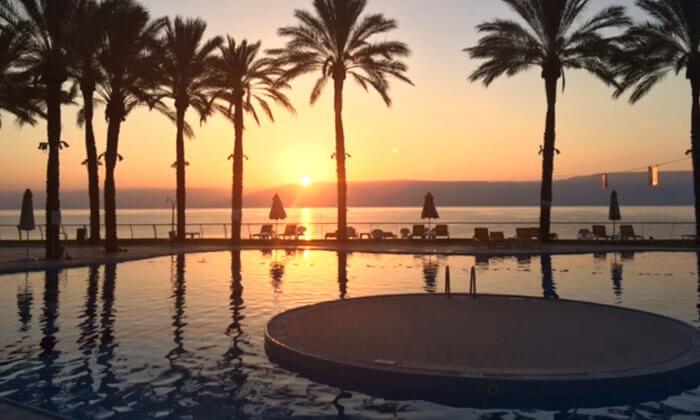 8 יום פינוק עם עיסוי במלון חוף גיא, טבריה