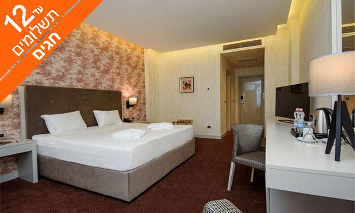 """12 בטומי - שופינג, קזינו, אתרים ומלון 5 כוכבים מפנק, כולל סופ""""ש וחנוכה"""