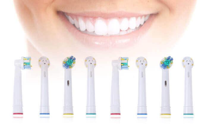 2 ראשים תואמים למברשת השיניים Oral-B