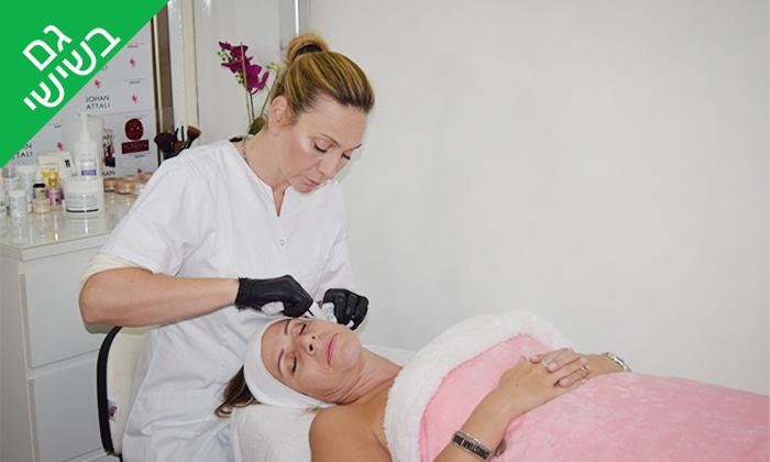 2 טיפולי פנים בקליניקה של ג'ואן אטלי, נתניה