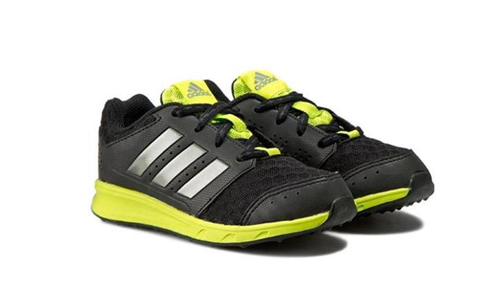 15 נעלי Adidas ו-Reebok לילדים ונוער