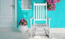 כיסא נדנדה מעץ מלא