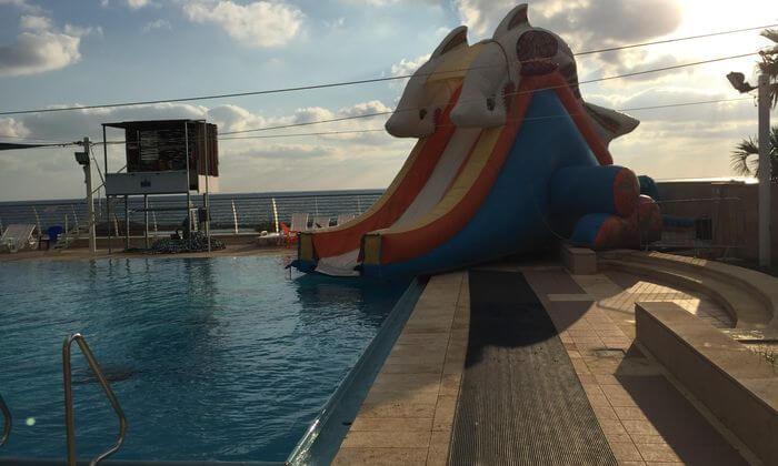 8 פארק גלי ים בחוף הדרומי של חיפה