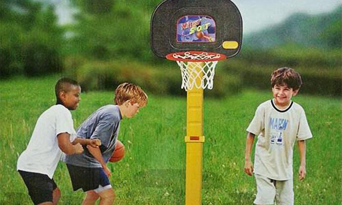 2 כדורסל חצר לילדים