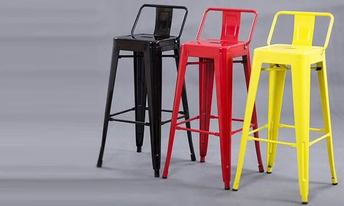 2 כיסא בר בעיצוב אורבני