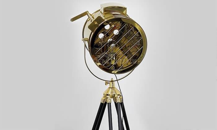 4 מנורת רטרו מעוצבת