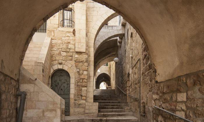 3 סיור מאפיות בשכונות החרדיות ובמאה שערים בירושלים
